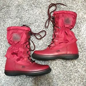 Coach size 6 M snow boots nylon/leather